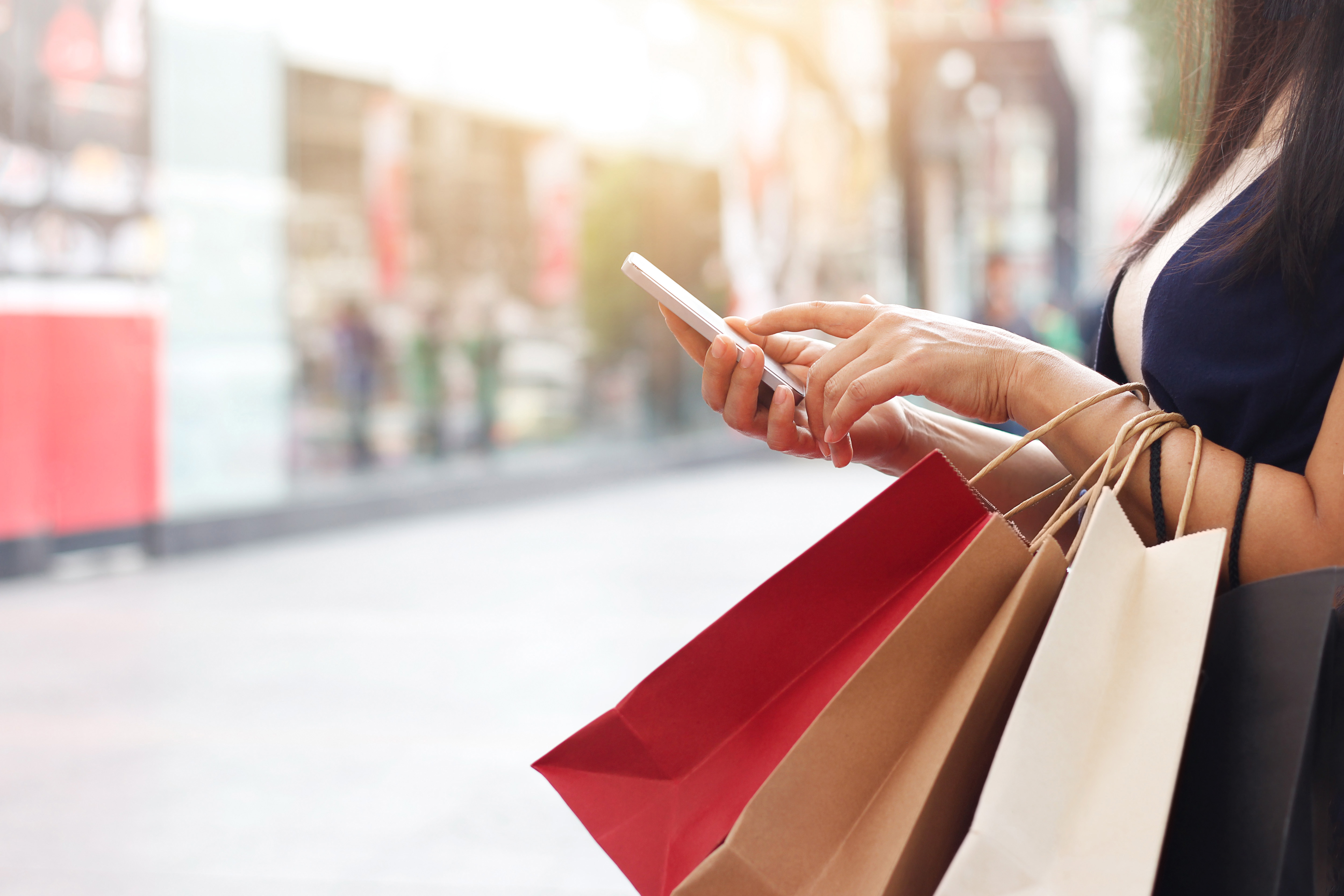 3-retail-marketing-insights-to-bridge-the-gap-between-online-and-in-store